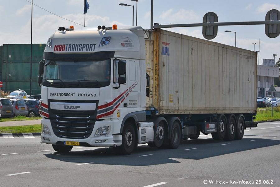 20210902-Rotterdam-Containerhafen-00048.jpg