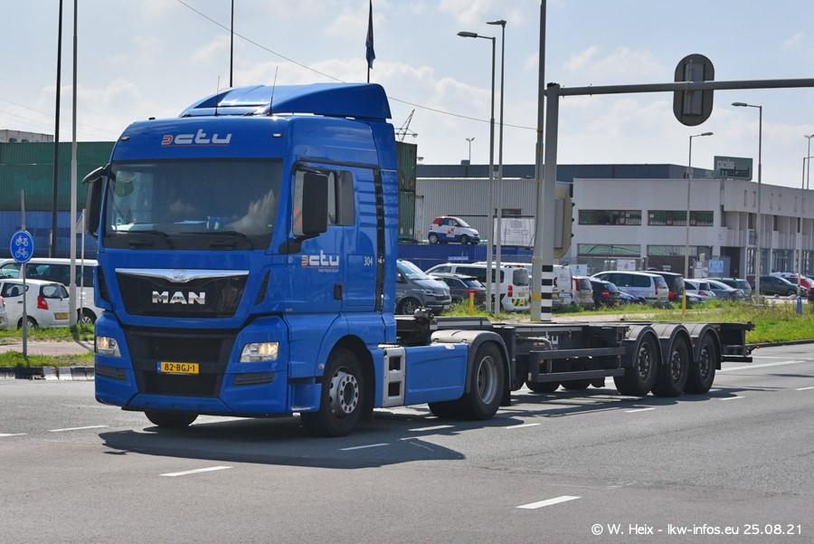 20210902-Rotterdam-Containerhafen-00050.jpg
