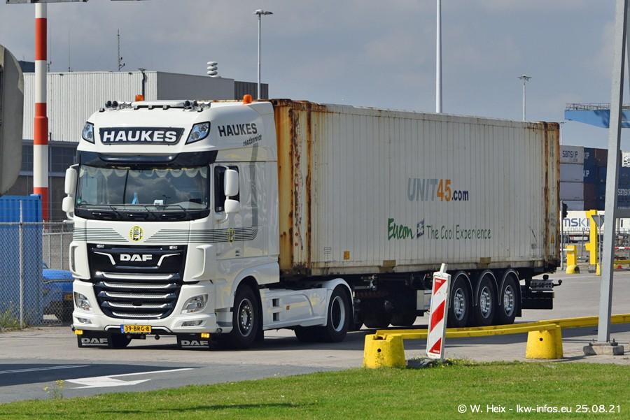 20210902-Rotterdam-Containerhafen-00056.jpg