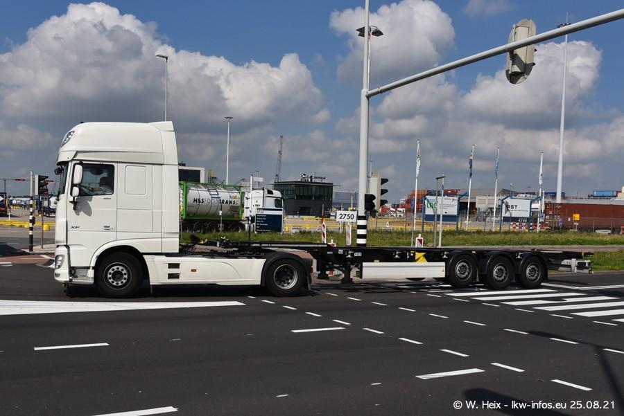 20210902-Rotterdam-Containerhafen-00060.jpg