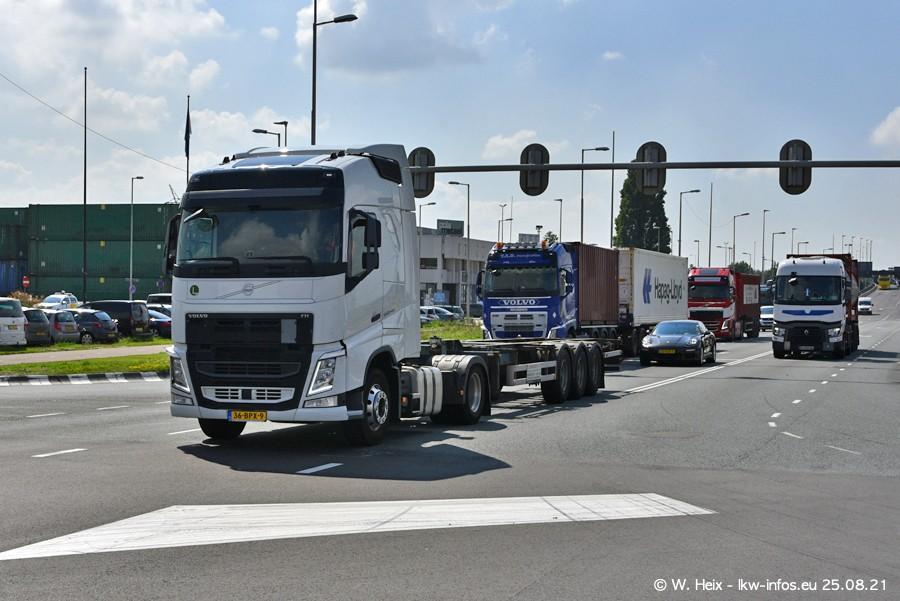 20210902-Rotterdam-Containerhafen-00064.jpg