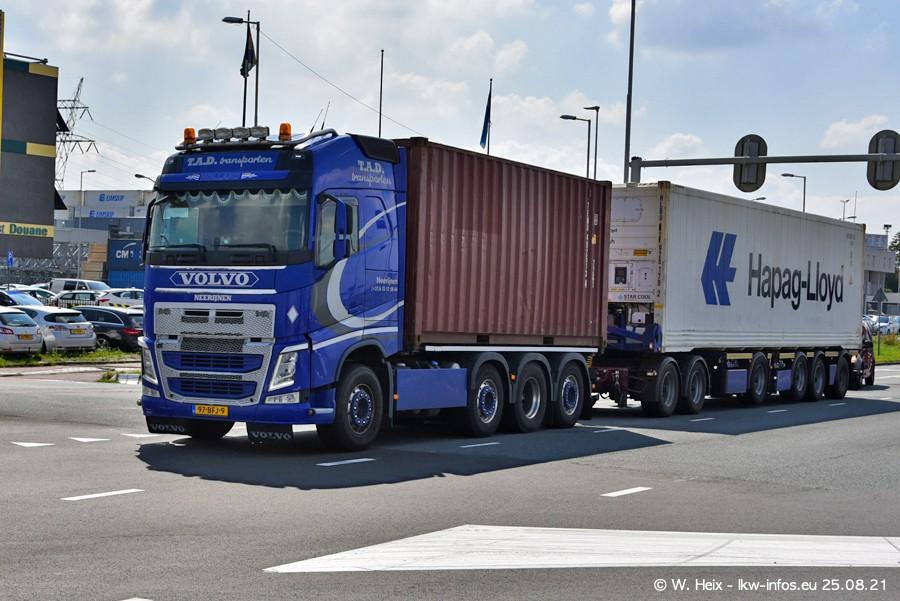 20210902-Rotterdam-Containerhafen-00065.jpg