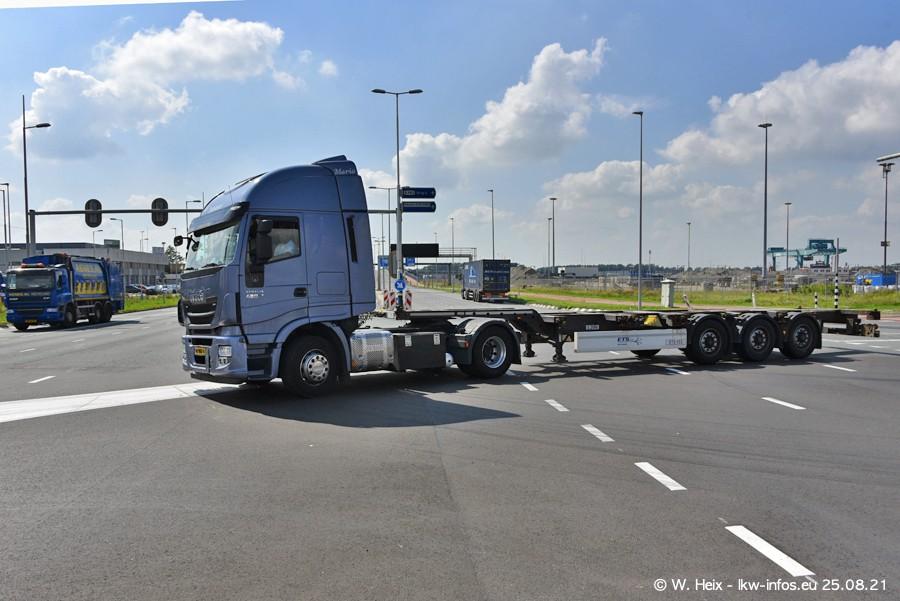20210902-Rotterdam-Containerhafen-00067.jpg