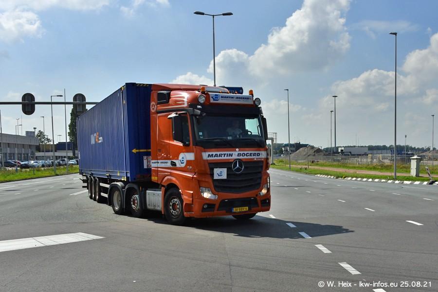 20210902-Rotterdam-Containerhafen-00069.jpg