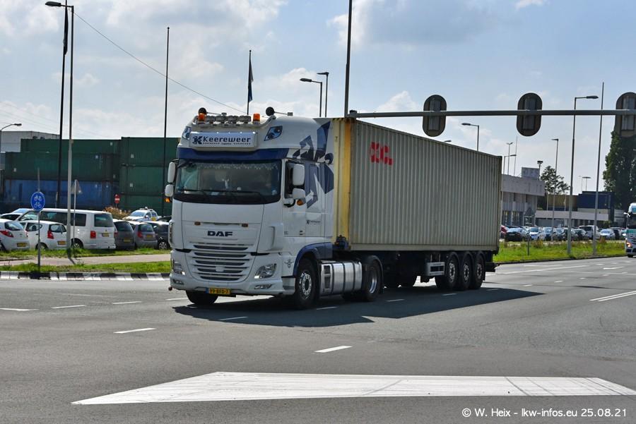 20210902-Rotterdam-Containerhafen-00075.jpg