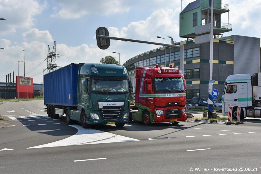 20210902-Rotterdam-Containerhafen-00077.jpg