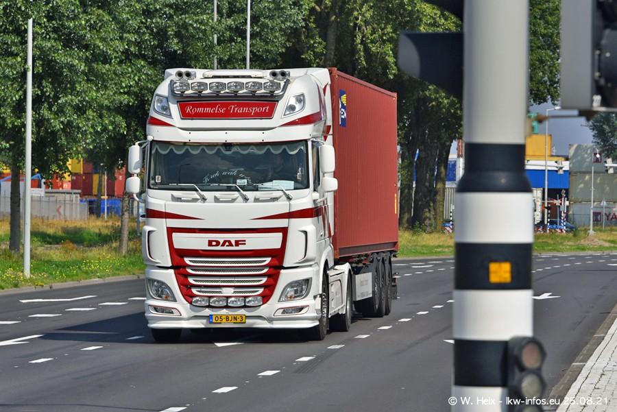 20210902-Rotterdam-Containerhafen-00079.jpg