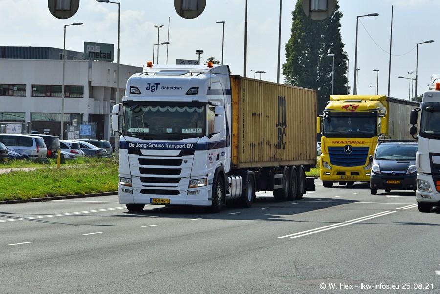 20210902-Rotterdam-Containerhafen-00080.jpg