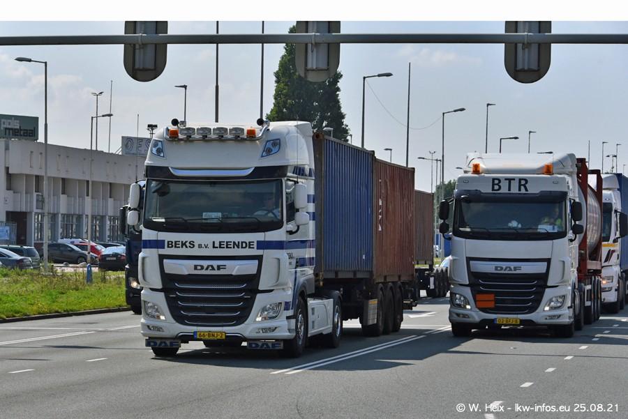 20210902-Rotterdam-Containerhafen-00084.jpg