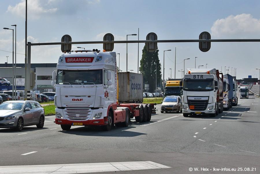 20210902-Rotterdam-Containerhafen-00088.jpg