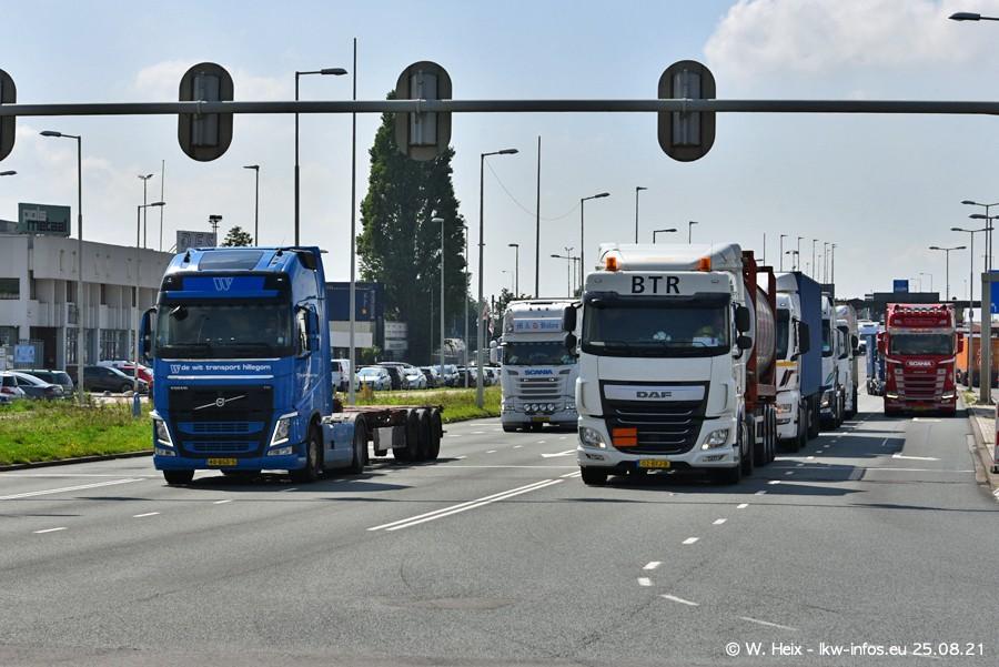 20210902-Rotterdam-Containerhafen-00090.jpg