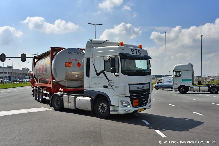 20210902-Rotterdam-Containerhafen-00095.jpg