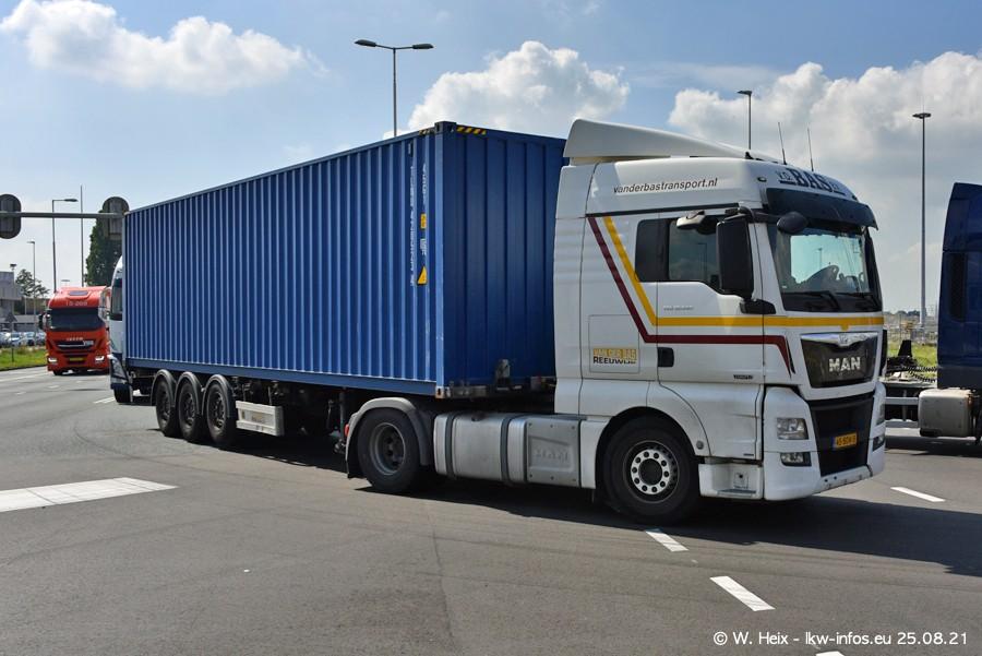 20210902-Rotterdam-Containerhafen-00098.jpg