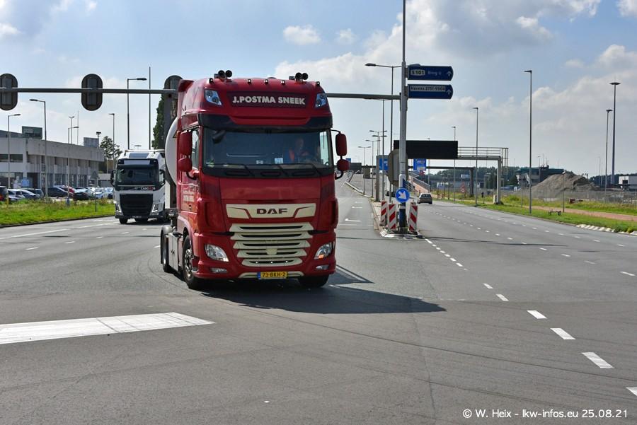 20210902-Rotterdam-Containerhafen-00109.jpg