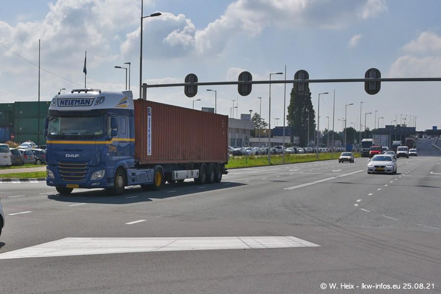 20210902-Rotterdam-Containerhafen-00121.jpg