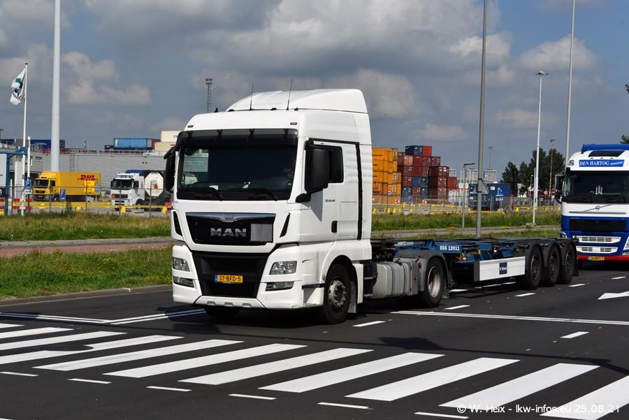 20210902-Rotterdam-Containerhafen-00124.jpg
