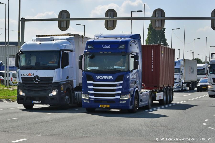 20210902-Rotterdam-Containerhafen-00129.jpg