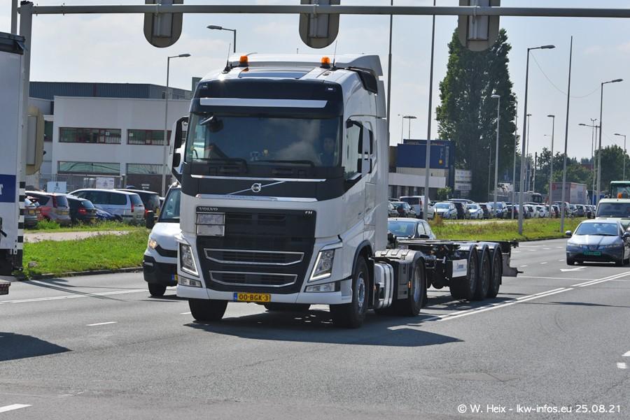 20210902-Rotterdam-Containerhafen-00152.jpg