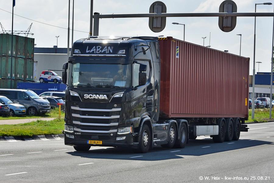 20210902-Rotterdam-Containerhafen-00155.jpg