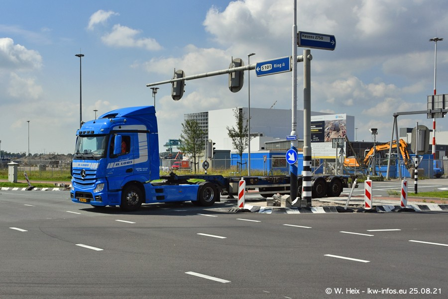20210902-Rotterdam-Containerhafen-00168.jpg