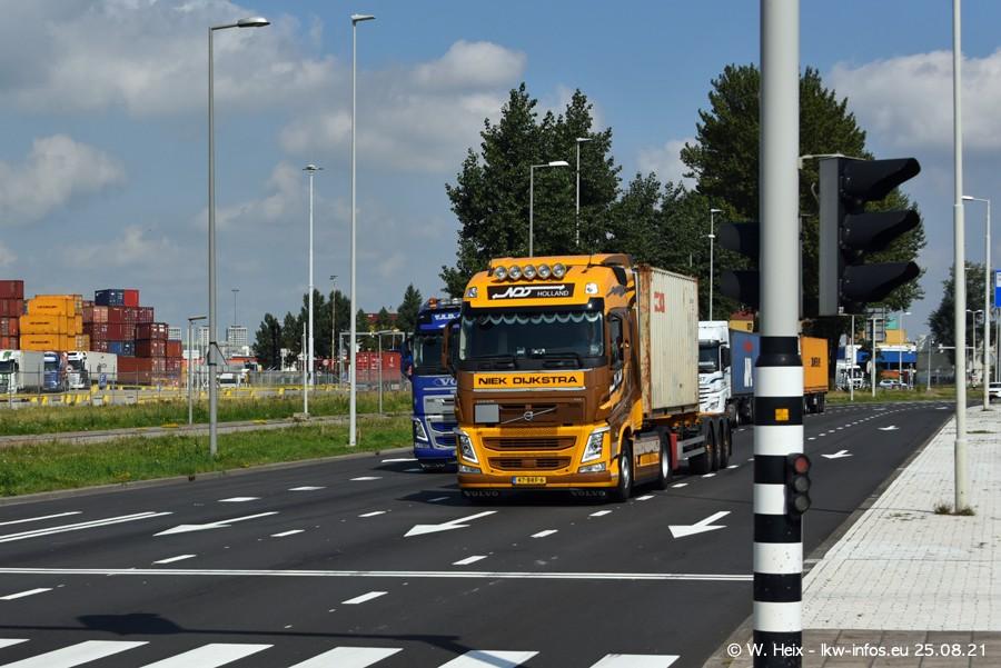 20210902-Rotterdam-Containerhafen-00170.jpg