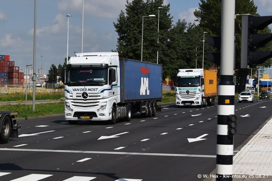 20210902-Rotterdam-Containerhafen-00173.jpg