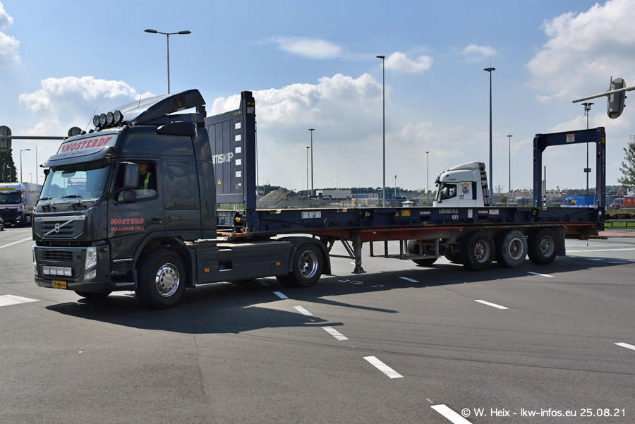 20210902-Rotterdam-Containerhafen-00187.jpg