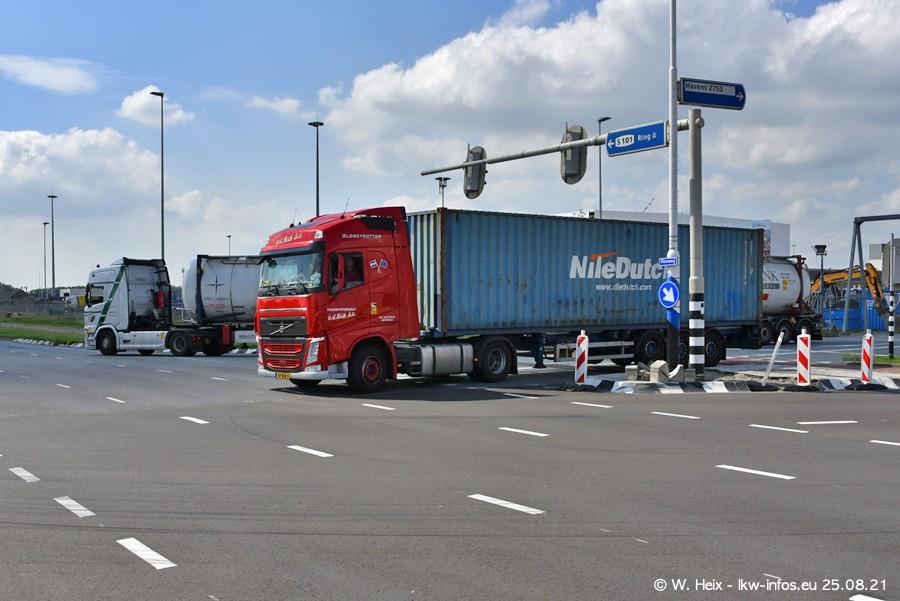 20210902-Rotterdam-Containerhafen-00196.jpg