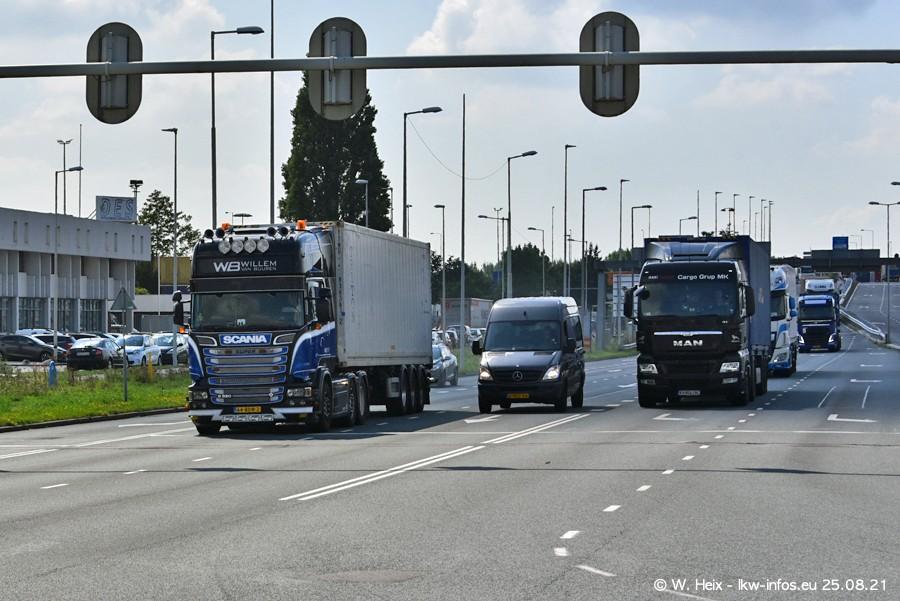 20210902-Rotterdam-Containerhafen-00204.jpg