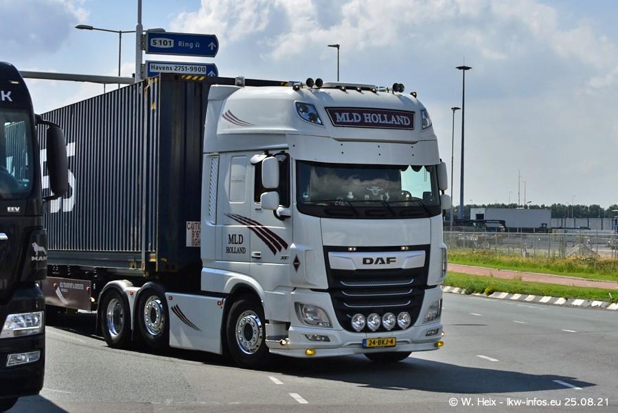 20210902-Rotterdam-Containerhafen-00207.jpg
