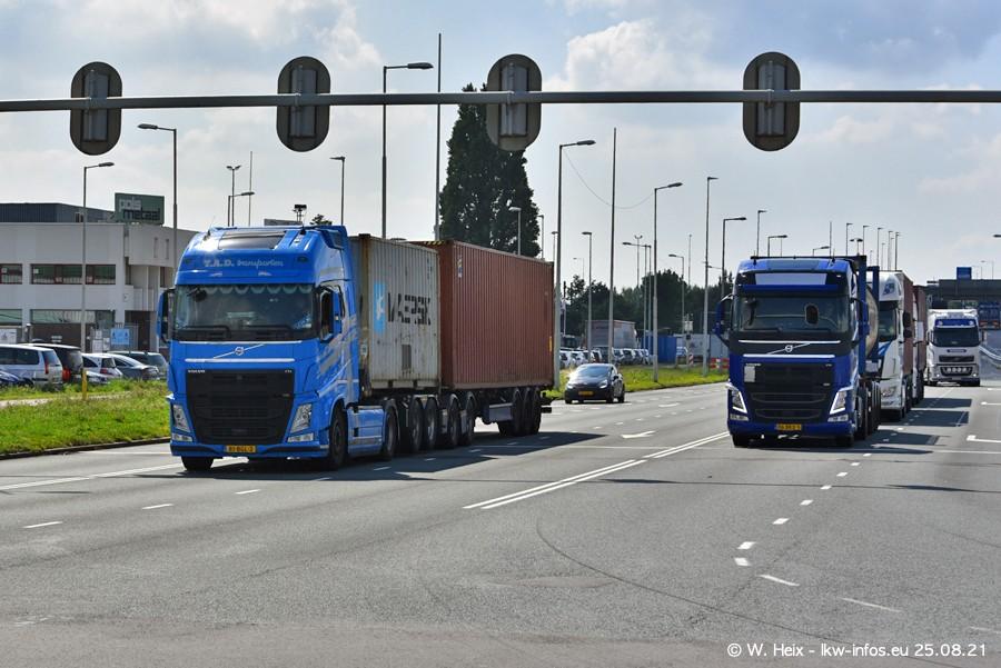 20210902-Rotterdam-Containerhafen-00210.jpg