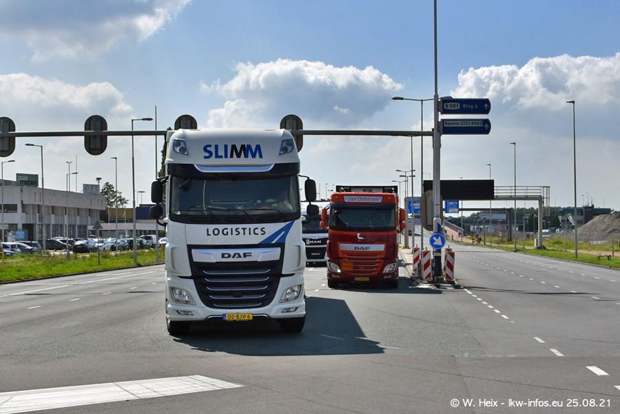 20210902-Rotterdam-Containerhafen-00218.jpg