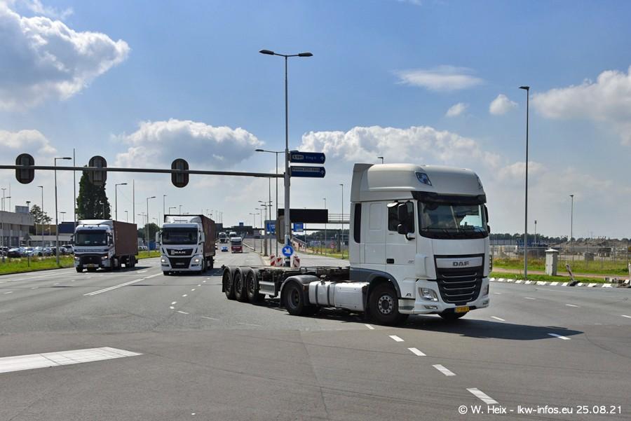 20210902-Rotterdam-Containerhafen-00220.jpg