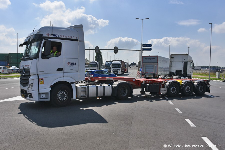 20210902-Rotterdam-Containerhafen-00224.jpg