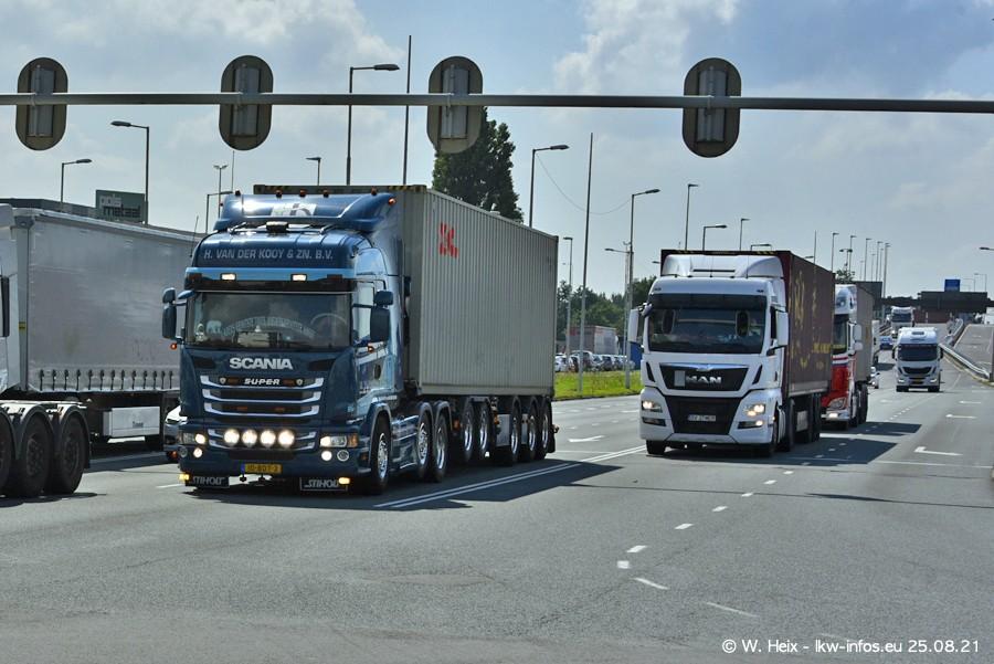 20210902-Rotterdam-Containerhafen-00226.jpg