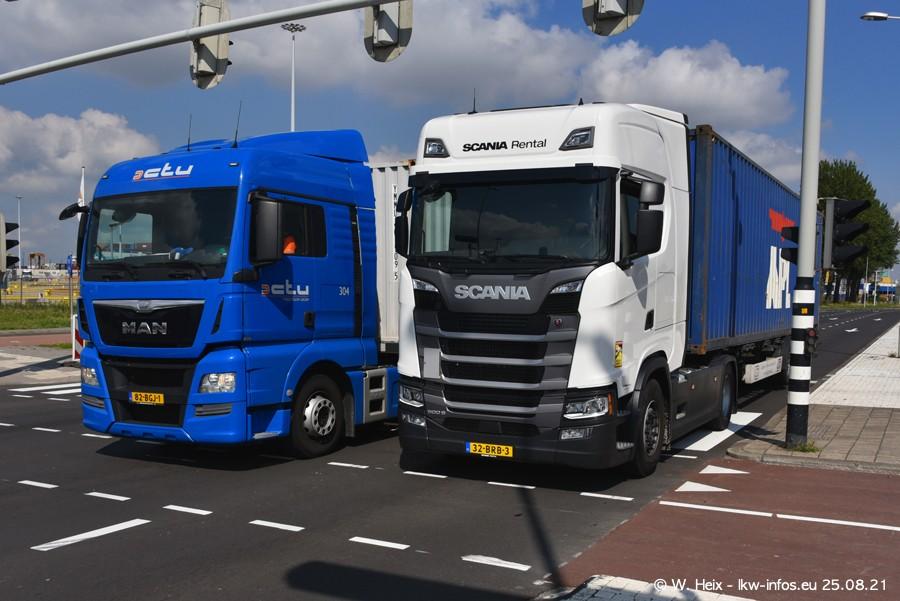 20210902-Rotterdam-Containerhafen-00233.jpg