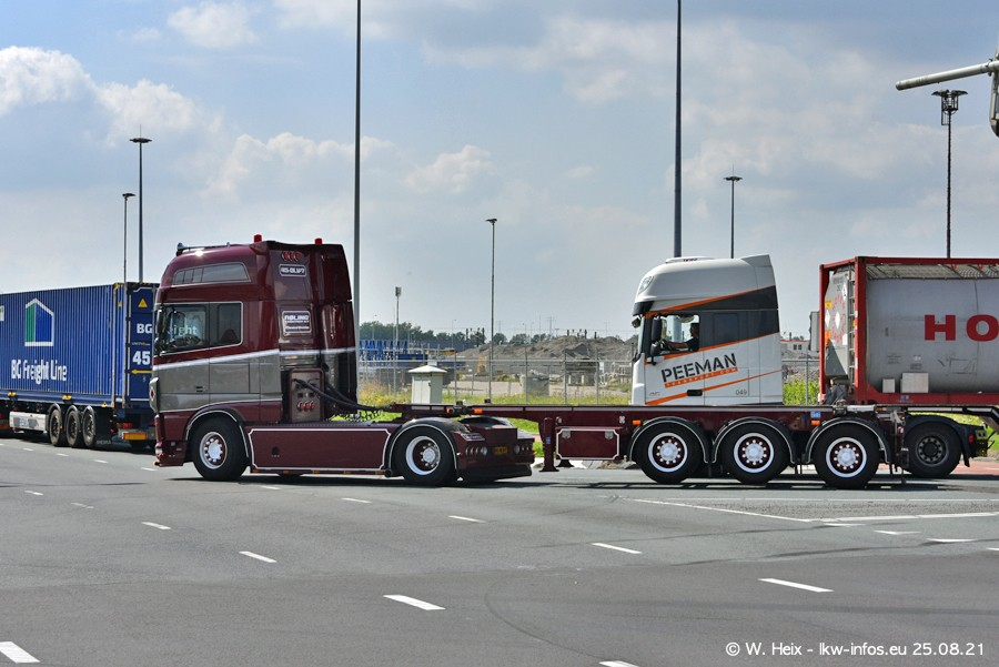 20210902-Rotterdam-Containerhafen-00239.jpg