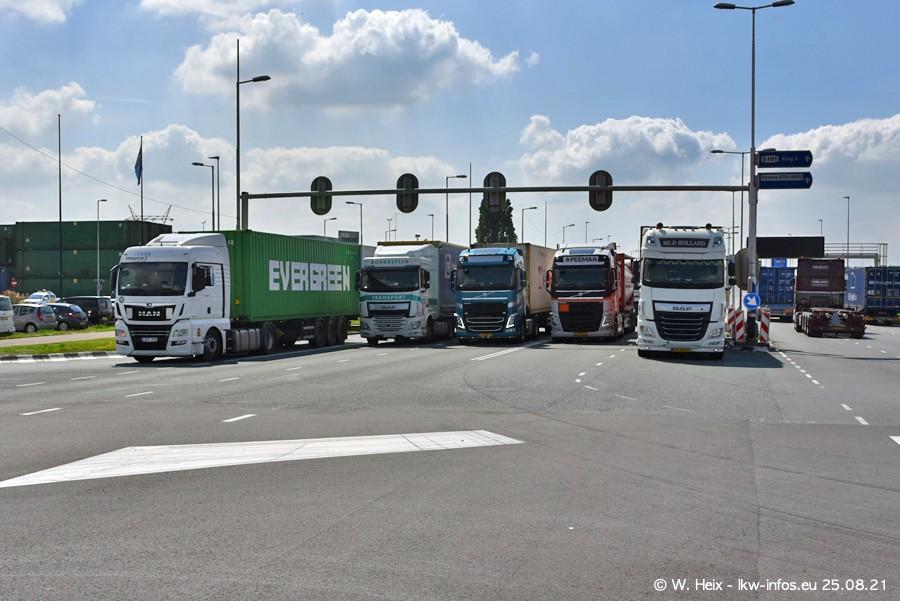 20210902-Rotterdam-Containerhafen-00240.jpg