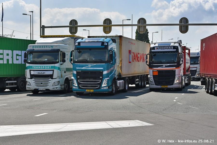 20210902-Rotterdam-Containerhafen-00241.jpg