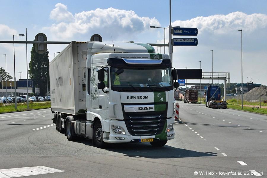 20210902-Rotterdam-Containerhafen-00243.jpg