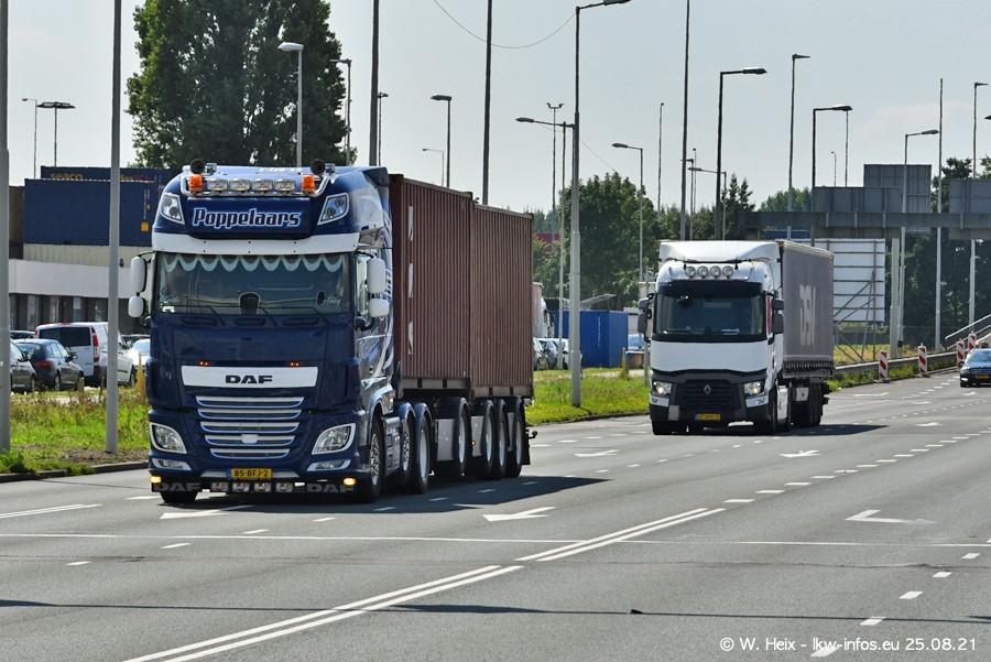 20210902-Rotterdam-Containerhafen-00250.jpg