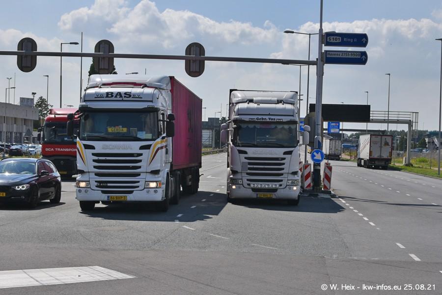 20210902-Rotterdam-Containerhafen-00261.jpg