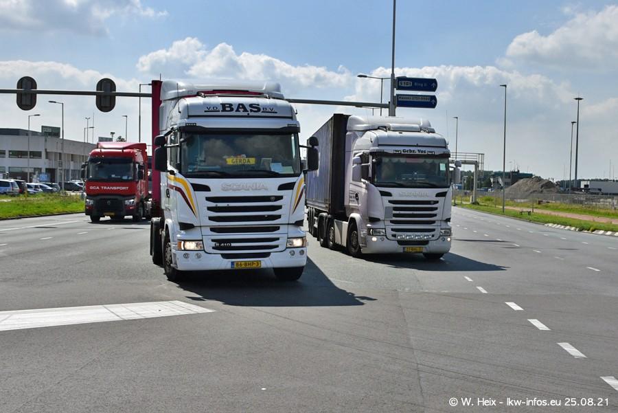 20210902-Rotterdam-Containerhafen-00262.jpg