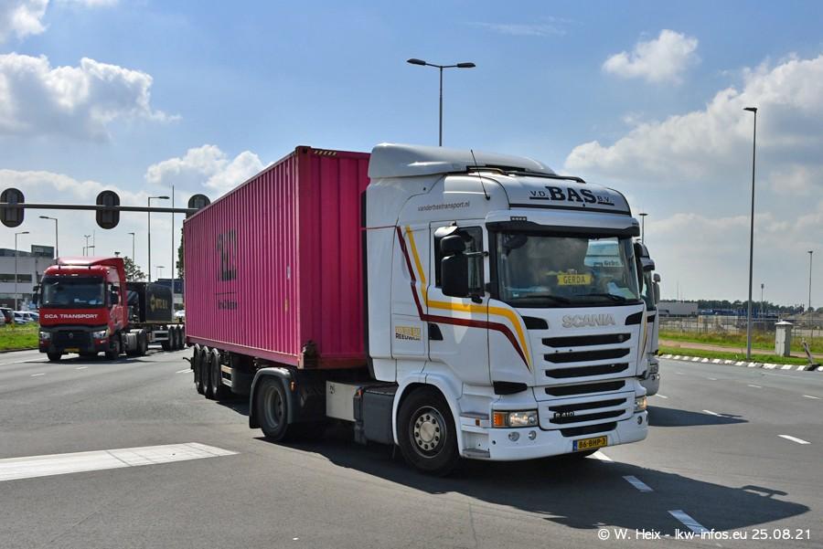 20210902-Rotterdam-Containerhafen-00263.jpg