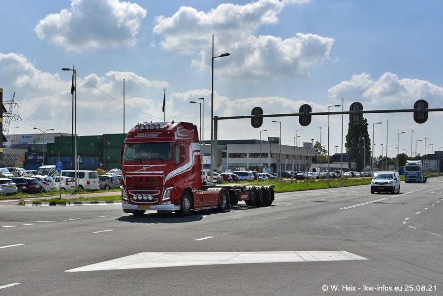 20210902-Rotterdam-Containerhafen-00269.jpg