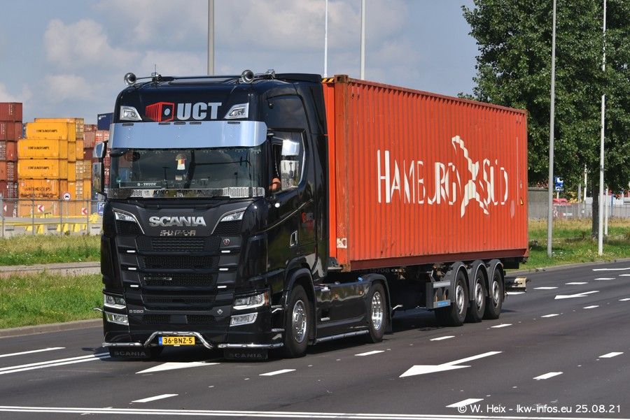 20210902-Rotterdam-Containerhafen-00274.jpg