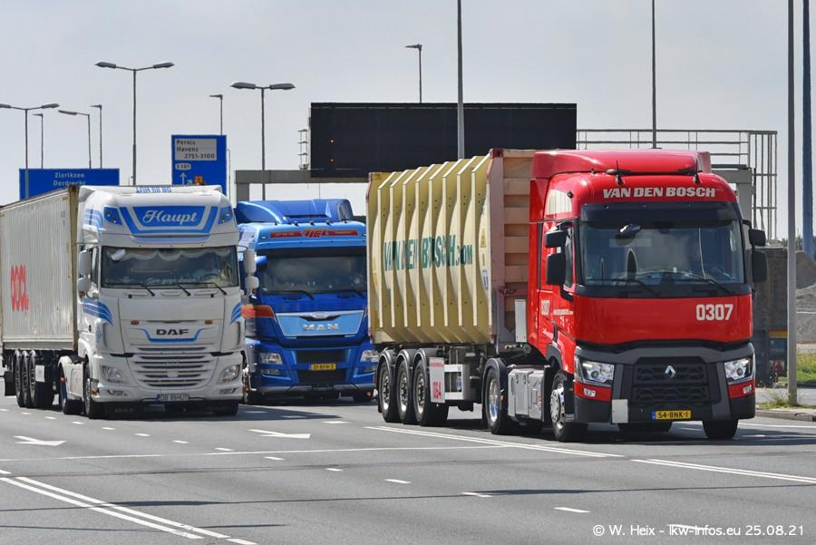 20210902-Rotterdam-Containerhafen-00286.jpg