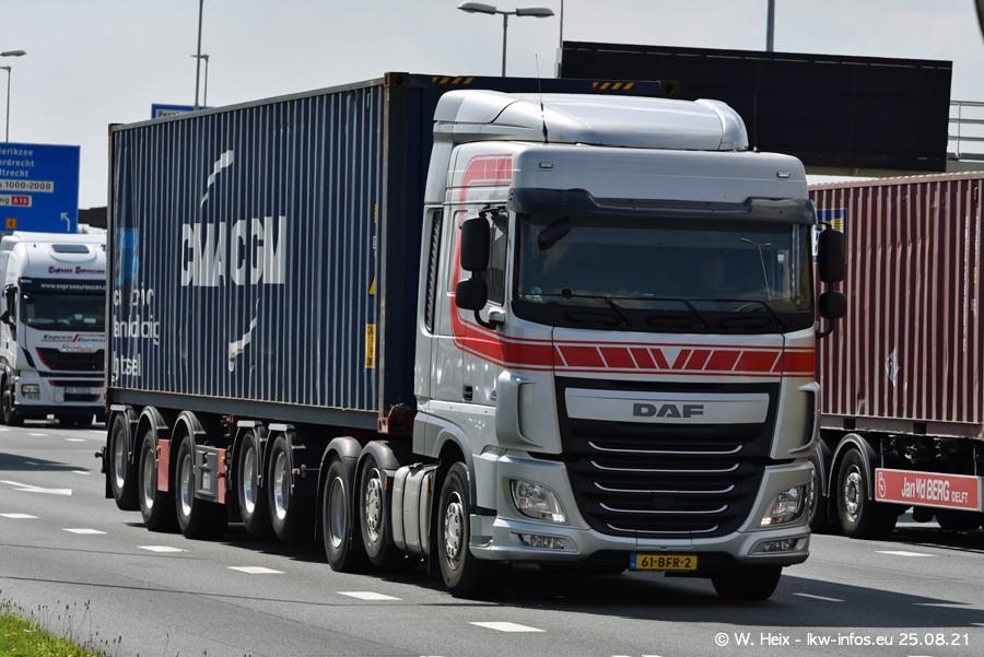 20210902-Rotterdam-Containerhafen-00304.jpg