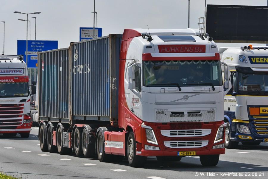 20210902-Rotterdam-Containerhafen-00305.jpg