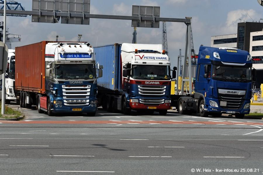 20210902-Rotterdam-Containerhafen-00322.jpg